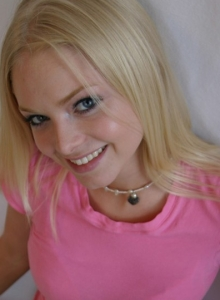 Super Cute Skye Poses For Pictures In A Tight Pink Shirt And Grey Sweat Capris - Picture 12